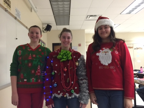 HHS gets in the holiday spirit